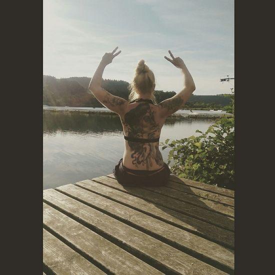 Summertime Sunshine Peace ✌ Tattooedgirls