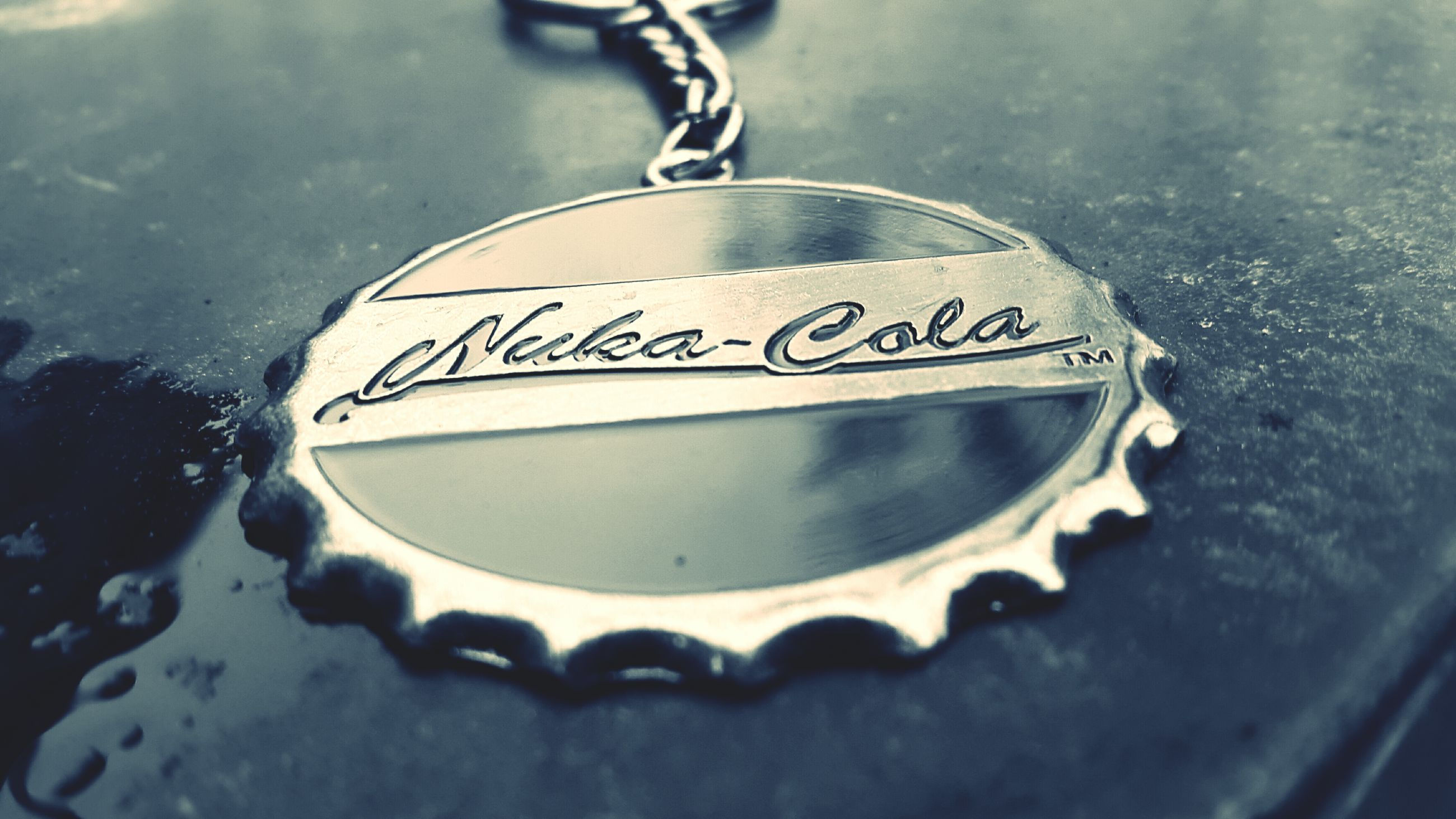 text, western script, close-up, communication, indoors, still life, focus on foreground, metal, selective focus, love, single object, no people, high angle view, table, heart shape, message, capital letter, number, circle, food and drink