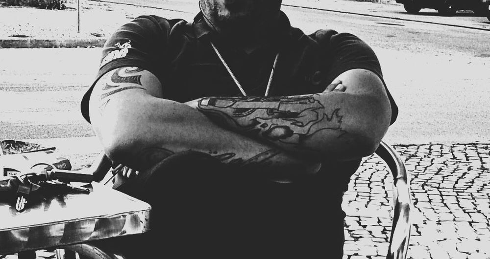 One Person Monochromatic Men Shooting Strangers People Of EyeEm People Photography EyeEm Best Shots - Black + White EyeEm Best Shots EyeEmBestPics Black And White Photography Black & White Blackandwhite Photography EyeEm Gallery Photoshoot EyeEm Black&white! Black&white Street Photography Street Photography Streetphoto_bw Photography Themes Real People Outdoors Tatoo Tatooedboys Eyeemphotography EyeEm Bnw