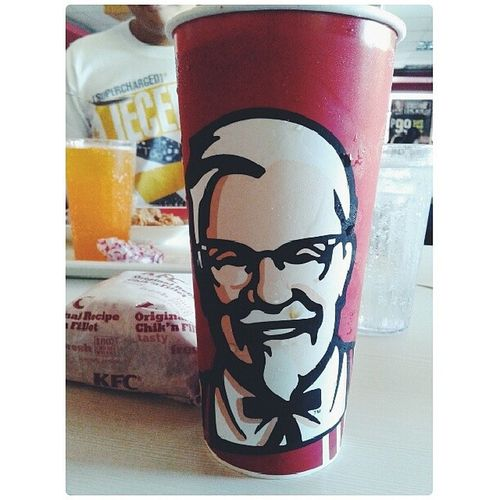 Goodafternoon peops! ♥ Lovinthetumblr KFC Itsakindofmagic Wansi lunchieesss photography hashtagssss