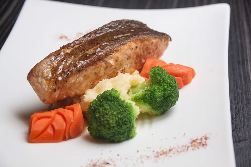 Grill Salmon Grill Salmon Close-up Day Food Food And Drink Freshness Fried Salmon Indoors  No People Plate Ready-to-eat Salmon Serving Size