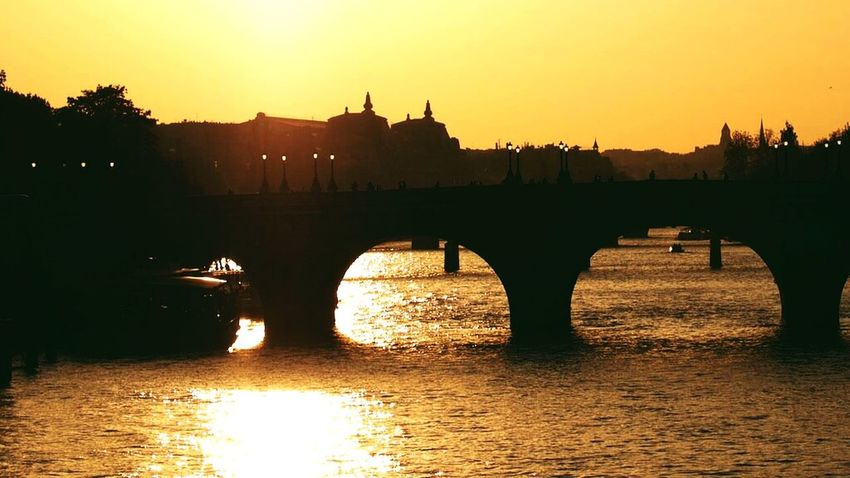 Paris depuis le Pont au Change Paris France Sunset Coucher De Soleil Bridge Omd-em1 Sunset Silhouettes Olympus Olympus OM-D EM-1