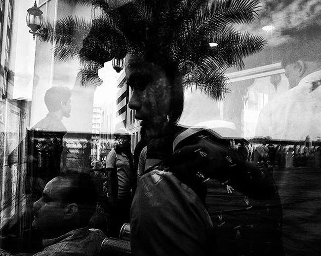 LitratistaSaDaan Daandxb Daan Dubaistreet Monochrome Filmsimulation Fujixseries Igersdubai Litratistangpinoy SP Igers Ig_bnw Instadaily Photooftheday Streetshot Streettogs Streetphoto_bw Ig_captures Noiretblanc Blackandwhitephotography Streetphotography PW Everydaymiddleeast Fujifilmme Bnw_universe street igersworldwide ADN