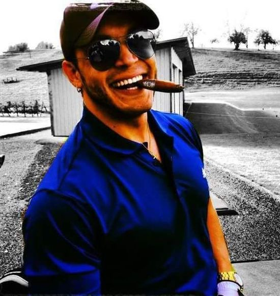 Just Smile... #explore #travelphotography #traveltheworld #golf #smile #sunglasses #happyness #laughs #fun #people #Nature