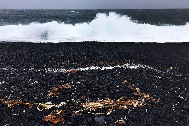 Rule Of Thirds Sea Black Stones Black Stone Beach Wave Outdoors Icelandic Nature