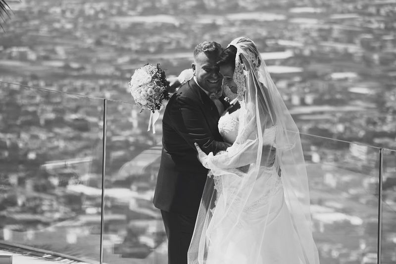 Happiness 💏 Three Quarter Length Focus On Foreground Togetherness Casual Clothing Person Tourism Young Adult Wedding Photography Blackandwhite