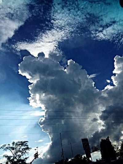 Sun light around the cloud. Cloud Porn Sunset #sun #clouds #skylovers #sky #nature #beautifulinnature #naturalbeauty #photography #landscape Sunrise And Clouds WeatherPro: Your Perfect Weather Shot