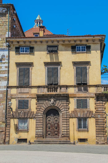 Lucca Lucca Italy Toscana Architecture Building Exterior Clear Sky Day Façade Low Angle View No People Outside The Past Travel Destinations Window