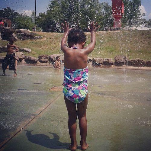 My Beautifulgirl getting in some SplashPadAction in this torturous Heat☀ ... Hothothot 🔥🔥🔥 LittleRockRiverMarket Splashpad ♨ PraisingGodsGloriousWater🙌 Relief 😎ThatPhotobombTho Dancedance BustAMove💃 ... Is that the Sprinkler ? 😂😂