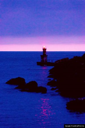 Título: Pasajes de san Juan. Autor: Marcus Populus. Lugar: Pasajes de San Juan (País Vasco) Cámara: SONY SLT A65V Punto F: f/6.3 Tiempo de exposición: 1/20s Velocidad ISO: 1600 Distancia focal: 150mm Beauty In Nature Clear Sky Horizon Over Water Lighthouse Nature Nautical Vessel Sea Tranquil Scene Tranquility Water