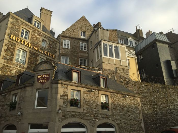 Architecture Building Exterior City Cityscapes History Hotel Low Angle View Outdoors Sky St. Malo