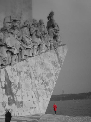 Adult Woman Senior Adult Mid Adult Women Archival Statue Travel Sculpture Day Belém Black And White Blackandwhite Red No People Architecture Outdoors First Eyeem Photo EyeEmNewHere Black And White Friday