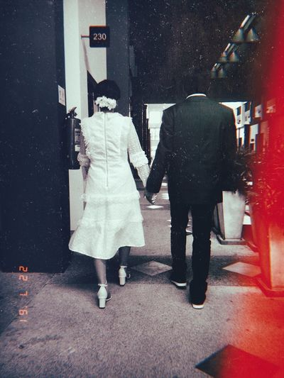 The wedding day ถ้าเธอพร้อมฉันก็พร้อมไปด้วยกัน Theweddingdays Foreverlove Handinhand Inlove Happy Thebridenthegroom Thegroom Thebride Theweddingdays Two People Women Real People Adult City Full Length Togetherness Walking Street Standing
