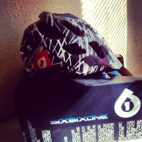 Yay new Helmet arrived Today! Mountainbike MTB Sixsixone