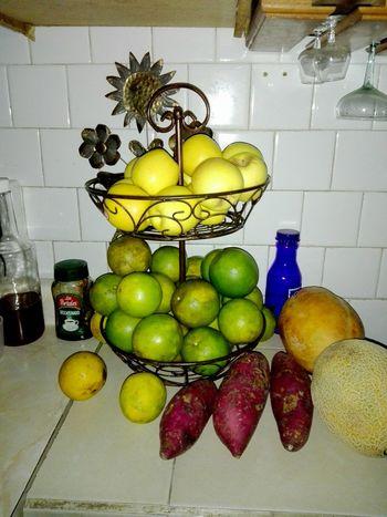 Fruit Lemon Citrus Fruit Lime Indoors  Food And Drink Food Orange Oranges Freshness Day Kitchen Frutero Naranja Camotes Melons Melon Apple Apples Manzanas Manzanas EyeEm Selects The Week On EyeEm EyeEmNewHere