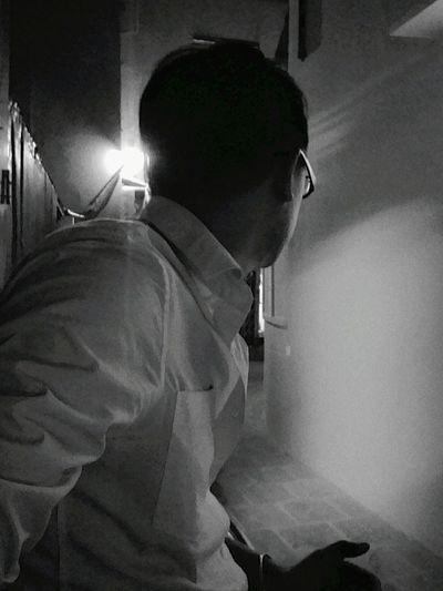 Find u in the dark.... Taking Photos That's Me Enjoying Life Boy FreeTime Vietnamese Vietnameseboy Boys