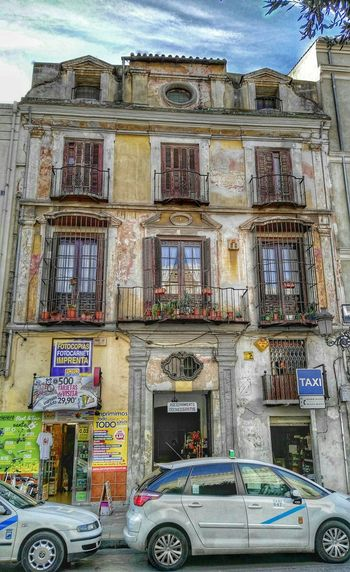 Malaga Spain ✈️🇪🇸 España🇪🇸 Malagacity Mobileart Art Colors Streetphotography Photo Of The Day Photography Photoart Tourism Color Photography Building Andalucía Huaweig8 Huawei Foto Photo Mobilephoto Mobilephotography Atarazanas