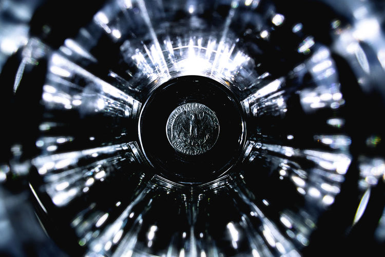 Close-up Coin Glass Light Quarter Dollar Symmetry Tunnel Tunnel Vision