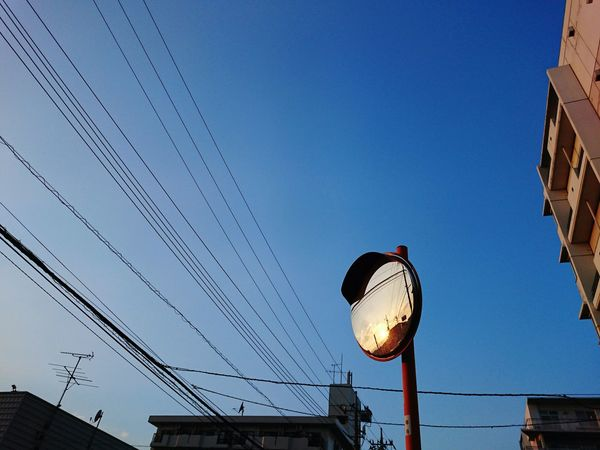 Reflection Evening Sky Mirror Light And Shadow Blue Sky Urban Sky XPERIA Xperia Z4 Showcase: February Blue Wave The Architect - 2016 EyeEm Awards Nature's Diversities Ultimate Japan Streetphotography Japan Fine Art Photography Colour Of Life Hidden Gems