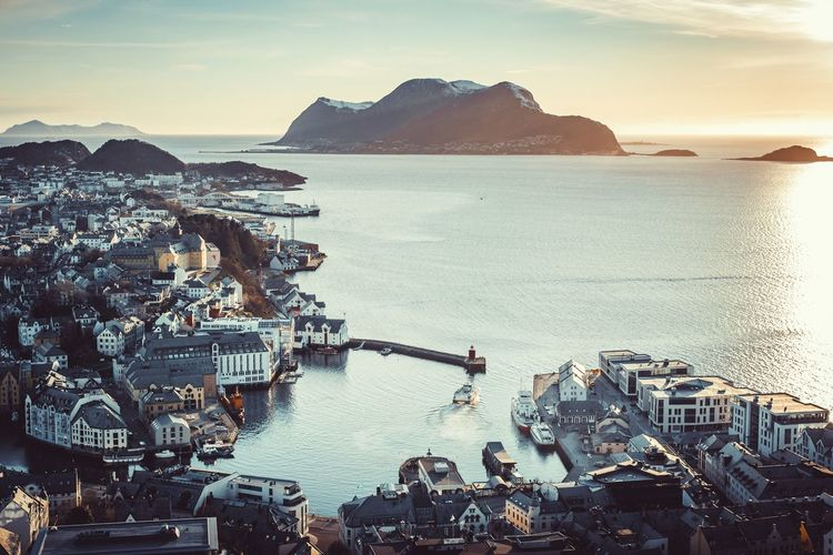 Ålesund Alesund Ålesund, Norway Norway Norway🇳🇴 Sunset Sunset_collection Landscape_Collection Sea Water Nautical Vessel Boat Transportation High Angle View Scenics Mode Of Transport Horizon Over Water Tranquil Scene Tranquility Beauty In Nature Sky Pier Nature Harbor Town Remote Outdoors Mountain