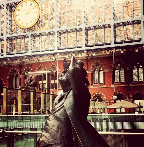 Railway Railway Station Clock Built Structure Sculpture St Pancras Station