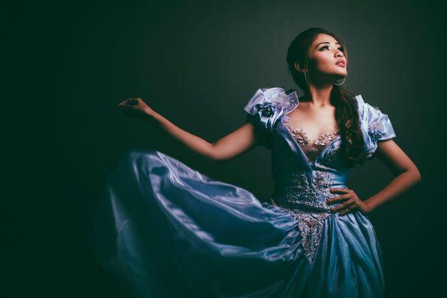 Learn & Shoot: Single Light Source Portrait Female Model Portraiture Girl Wedding Dress Female Portraits
