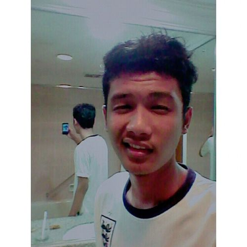 Mirror selfie... :p :@ CKkk Justpost Bathroom Selfie HarmoniHotel Jodoh Nagoya batam kepri PunyaIndonesia