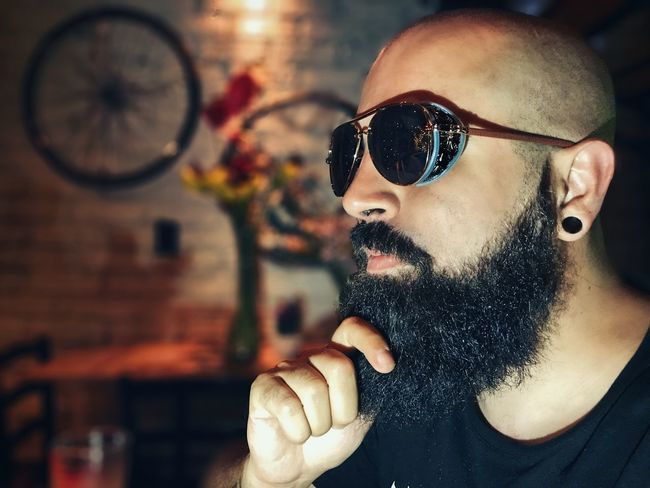 Sunglasses One Person Real People Young Adult Lifestyles Young Men Front View Beard Leisure Activity Indoors  Close-up Men One Man Only Day People