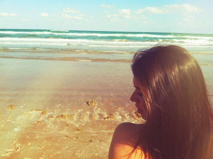 The Portraitist - 2014 EyeEm Awards Beach Ocean Perfekt Day