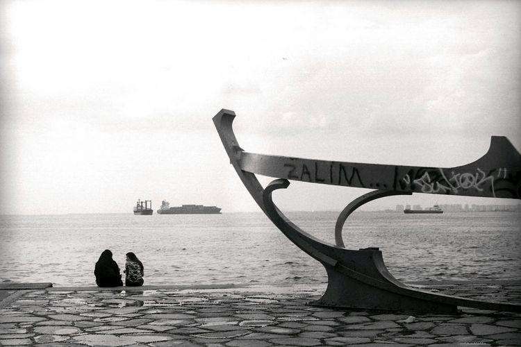 Analogue Photography Analog Photography Analog Filmisnotdead Zenit-ETHelios 44-2 Ilfordpan100 Black & White İzmir Konak 35mm Film