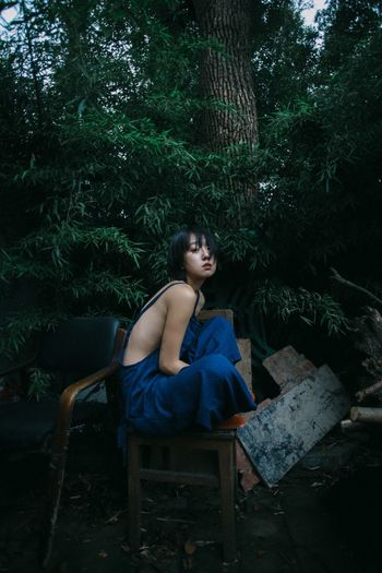Shorthair Shorthair Bff Romper Sexygirl Melancholy Abandoned Places Trees Live For The Story The Portraitist The Portraitist - 2018 EyeEm Awards