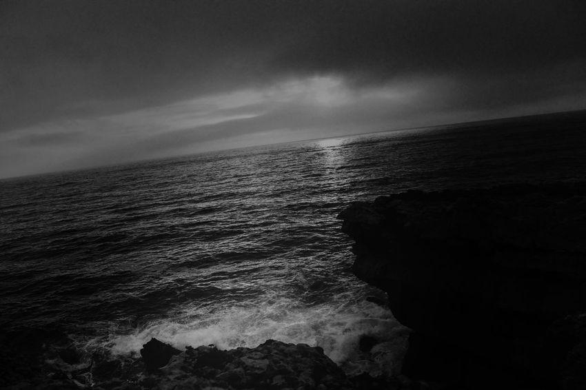 Lazy sunset.... EyeEm Best Shots EyeEm Best Edits Enjoying Life Landscape_Collection Hanging Out Bw_collection Blackandwhite