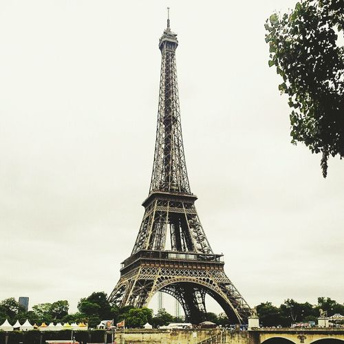 Tour Eiffel... Love Paris Holiday♡