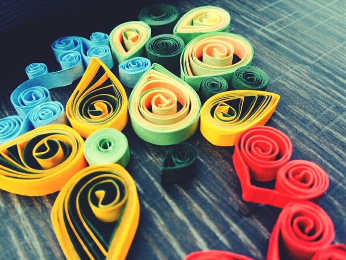 Everything In Its Place Flower And Leaves Quilling Paper Art Art Paper Colors Attracting Flies
