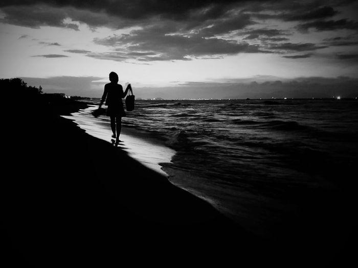 Beach Beachphotography Blackandwhite Sea Vietnam Mobilephotography First Eyeem Photo Showcase July