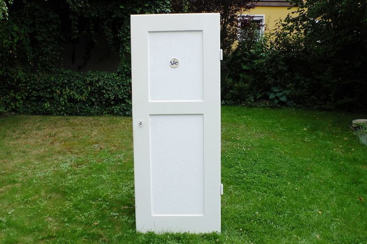 A door Outdoor😋 Grass Green Color No People Outdoors Nature Door Life Doors With Stories Enjoying Life Garden Photography
