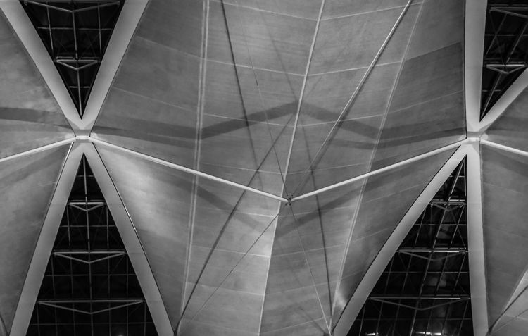 Awning Awnings Awnings In The Air Blackandwhite Black And White Black & White Blackandwhite Photography Black And White Photography Black&white Blackandwhitephotography Black And White Collection  Black & White Photography Blackwhite Blackandwhitephoto Blacknwhite Munich Bavaria Germany Airport Munich Airport MUC Cover Sail City Backgrounds Triangle Shape Architecture Built Structure Geometric Shape Architectural Detail Rectangle Girder