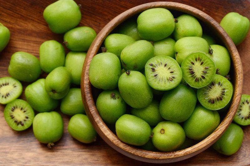 Full frame shot of apples in basket on table