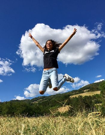 Numb jump Sky Cloud - Sky One Person Day Casual Clothing Full Length Outdoors Leisure Activity Real People Lifestyles Grass Nature Jumping Happiness Tree Young Adult Energetic People jump Communication Portrait Mix Yourself A Good Time Nature Scenics Beauty In Nature