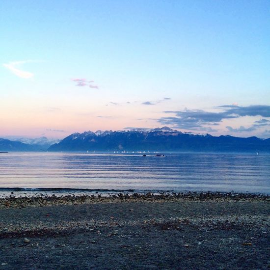 Sweet sunset on my way back home from training Training Landscape Sunset Lausanne Lake Alps