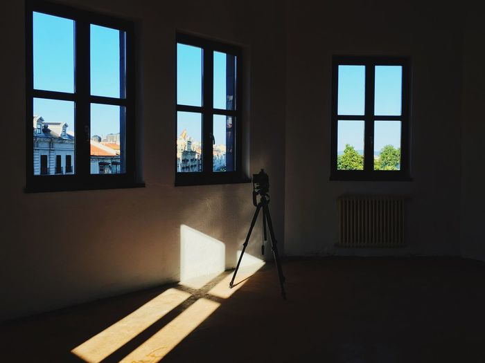 Reflection of window on mirror