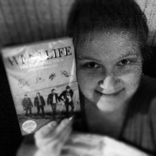 Me and my WestlifeFarewellDVD :') <3 Westlife Musicdvd