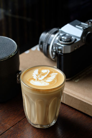 Coffee Refreshment Still Life Frothy Drink Coffee - Drink Drink Table Food And Drink Cup Coffee Cup Mug Indoors  Hot Drink Froth Art No People Cappuccino Close-up Latte Creativity Wood - Material Glass Crockery Non-alcoholic Beverage