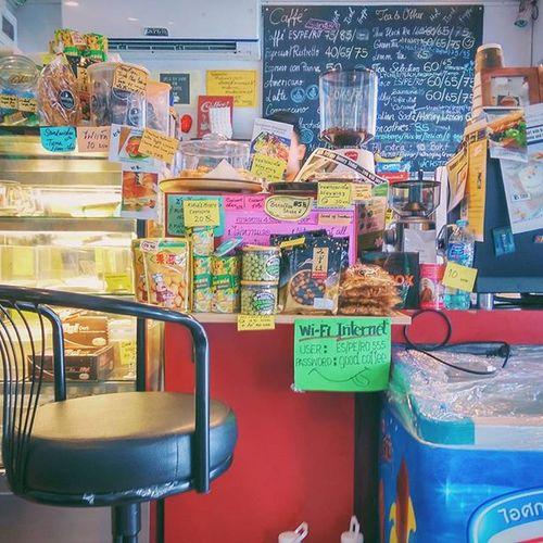 It was 8 a.m. aka coffee o'clock ☕🕗 Nunnacafehopper Nunnawanderlust