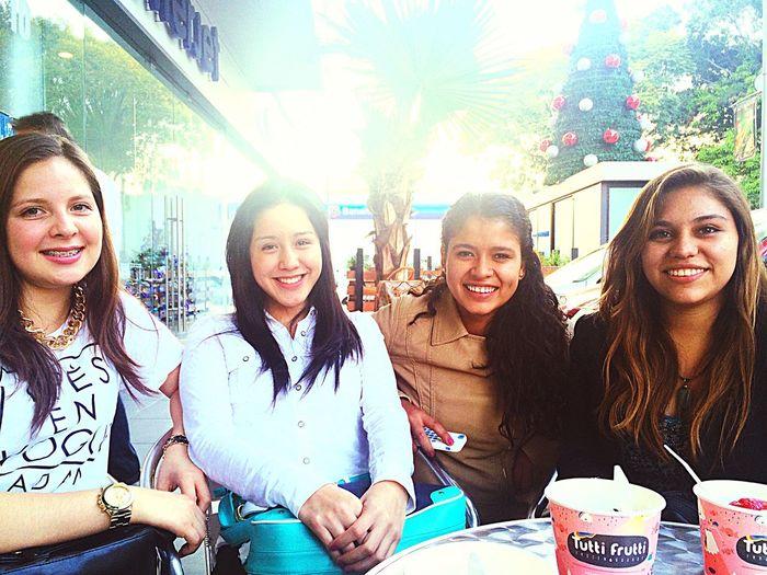 Ice Cream Bestfriends ❤ Christmas