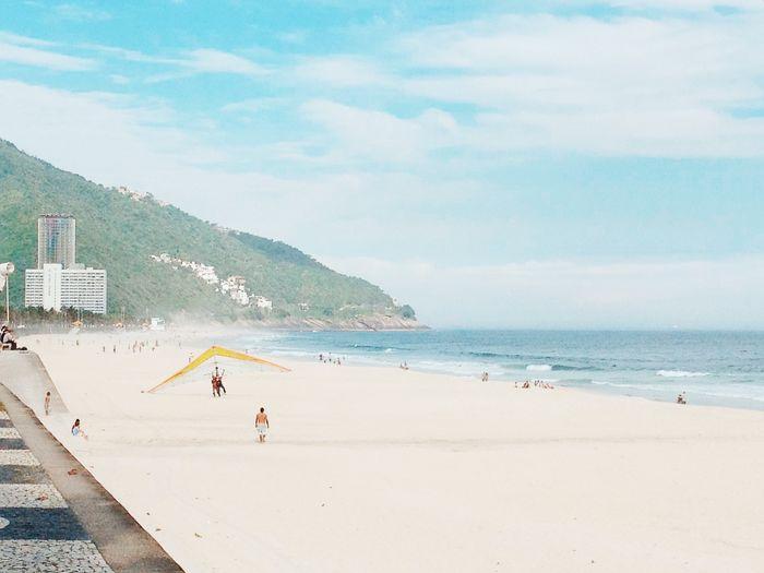Rio de Janeiro Beach Beautiful Blue Brazil Day Destination Praia Rio De Janeiro Rio De Janeiro Eyeem Fotos Collection⛵ Sky Summer Tourism Tourist Vacation VSCO