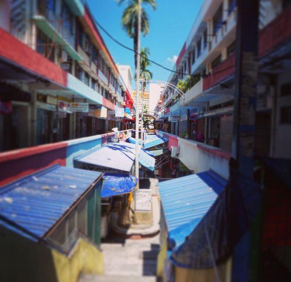 通道 Streetphotography Street Colorful Sky Track Traveling 隨拍 色彩 亞庇 沙巴 空 軌跡