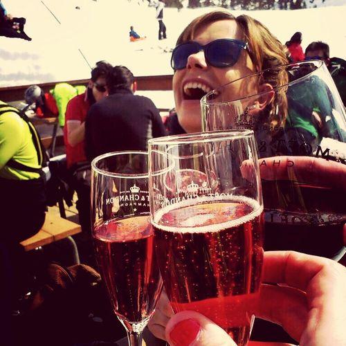 Ski & Friends & Rosé