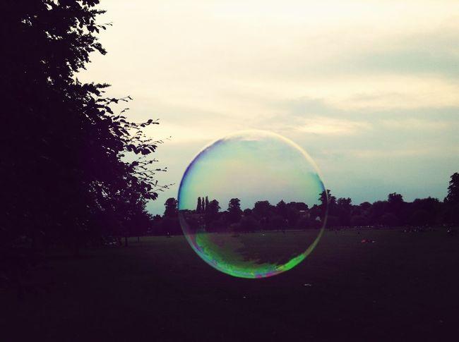 泡になった。 Bubbles City Garden Green