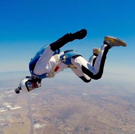 • Tracking • Johncalderon Travelisamust Edited Me Sky Nature Sport Mid-air Summer Sports Extreme Sports Adventure Skydiving